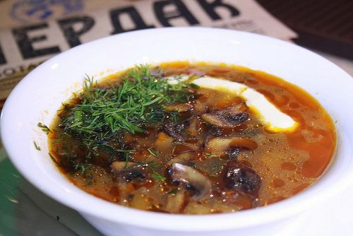 солянка постная с грибами и капустой