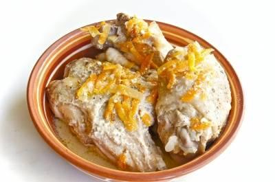 Курица в сковороде в сметане рецепт с пошагово
