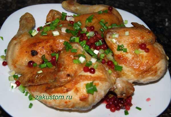 Рецепт курицы запеченной в духовке целиком с картошкой с фото