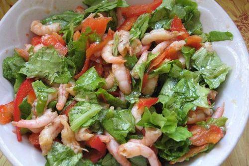 Как приготовить салат из морепродуктов