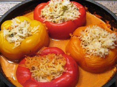 запечённые фаршированные перцы в духовке с фаршем