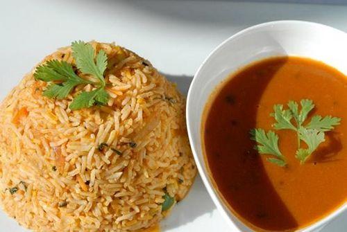 подлива без мяса к рису рецепт с фото